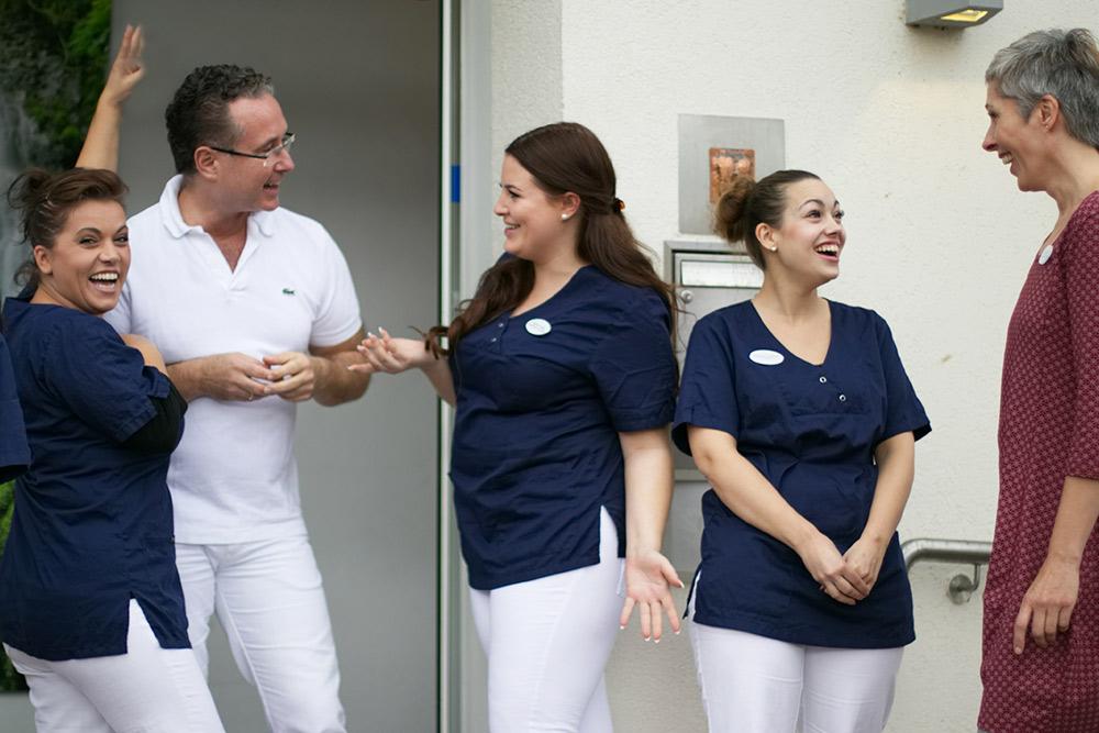 Zahnarzt Dr Staubach und Team