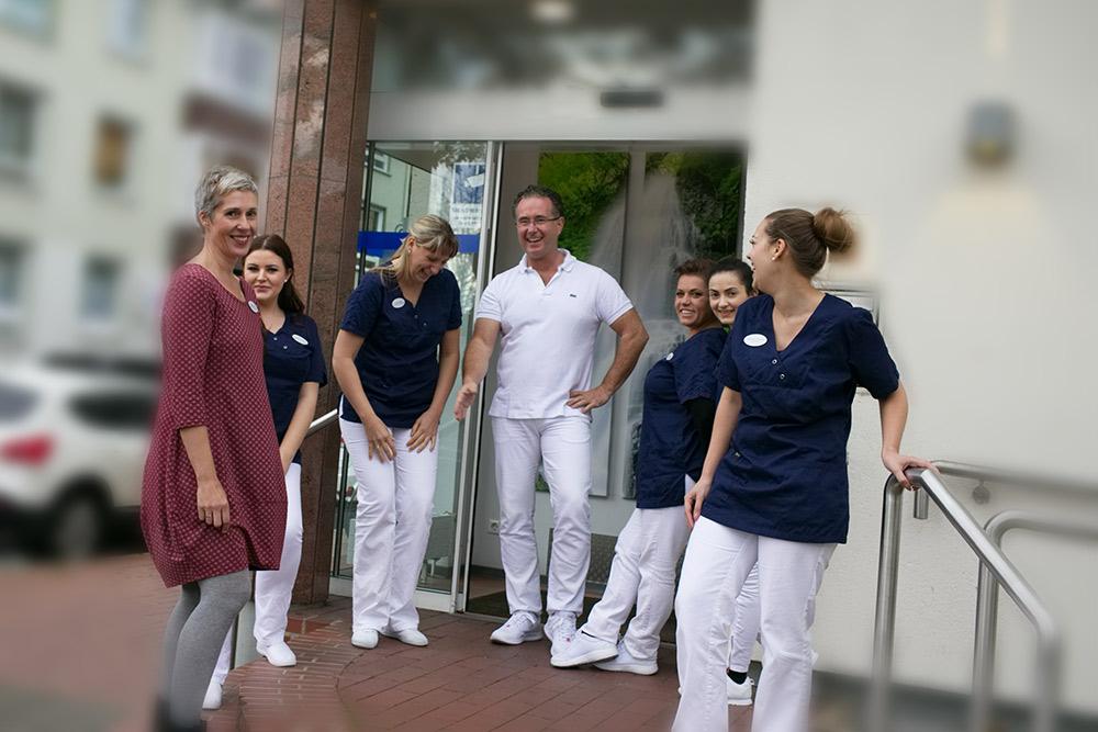 Zahnarzt Dr. Staubach und Team